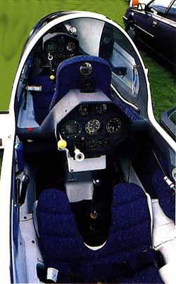 DG-505MB Cockpit