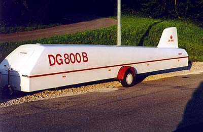 Anhänger DG-800