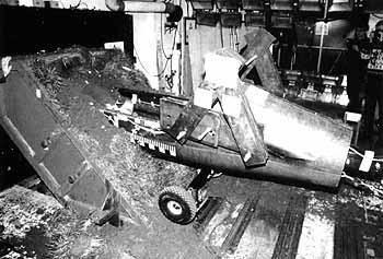 Crash mit Hornet-Rumpf